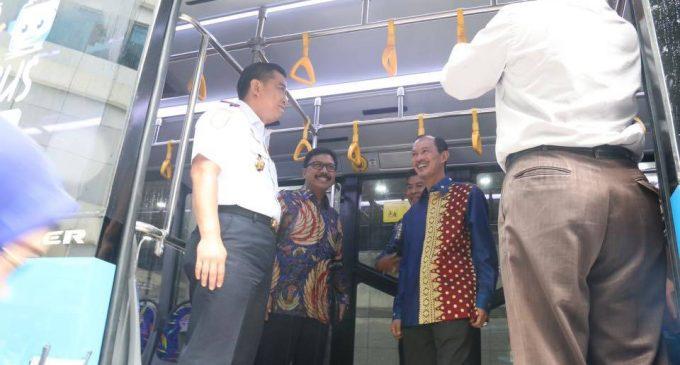Pemkot Terima Bantuan Hibah 50 Unit Bus Transmusi
