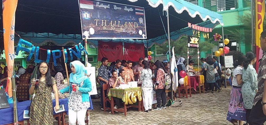 SMA Plus Negeri 17 Palembang Sosialisasi Sekolah Lewat Asean Community Day Festival