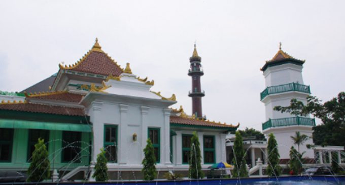 20 Qori Nasional Bacakan Al Qur'an Secara Bergantian di Malam Nuzul Qur'an