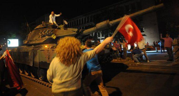 Upaya Kudeta Militer Tewaskan 104 Warga Turki