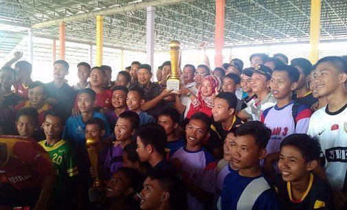 88 Klub Futsal Pelajar Perebutkan Piala Bergilir Walikota