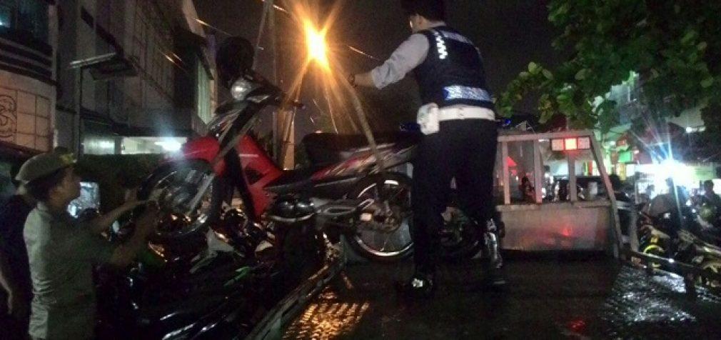 Dishub Kandangkan 23 Motor Yang Parkir di Jalan Pingpong