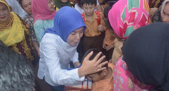 Usai Operasi Semut, ABK SDN 30 Palembang Dapat Bingkisan Dari Wawako