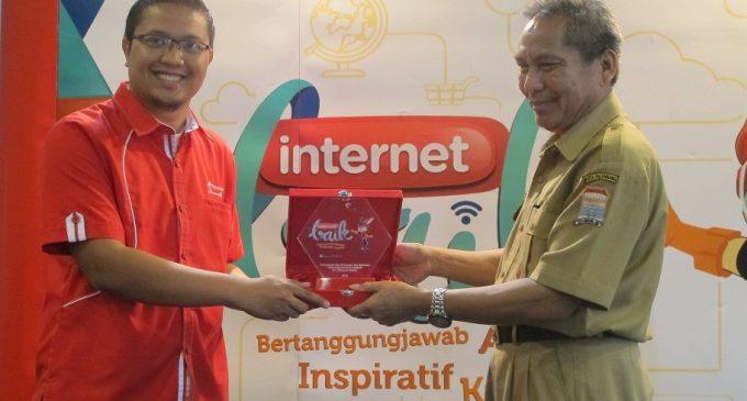 Telkomsel Gelar Edukasi #internetBAIK di Palembang