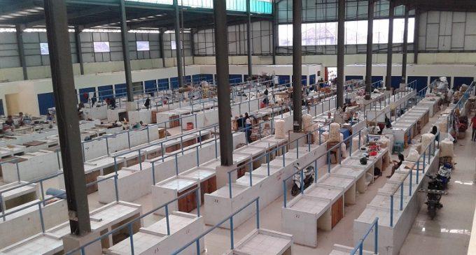 Pedagang 10 Ulu Pilih Jualan Diluar Kios