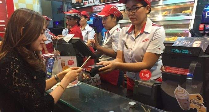 Telkomsel Traktir Pelanggan Dengan T-CASH