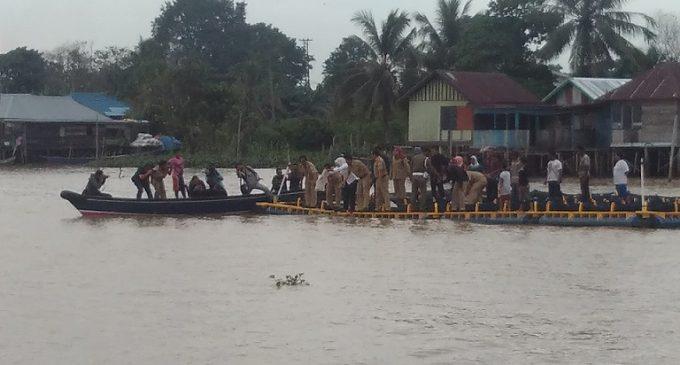 Wawako Tebar 3.000 Bibit Ikan Patin Dan Gabus di Sungai Musi