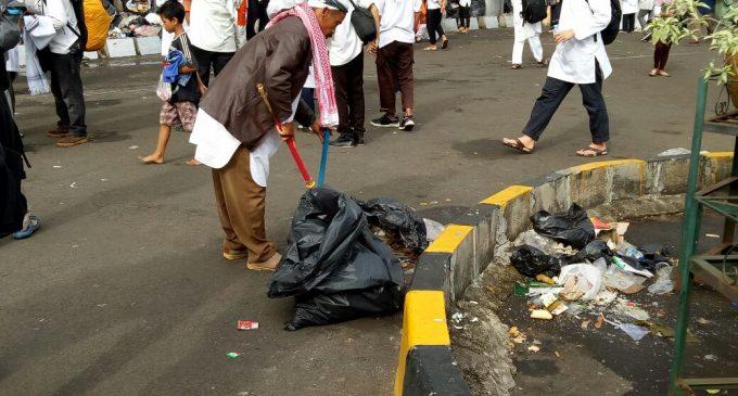 Mulyadi : Saya Pilih Bersih-bersih Masjid Saja