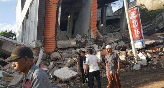 Update Korban Gempa Aceh : 102 Orang Meninggal, 136 Luka Berat dan 616 Luka Ringan