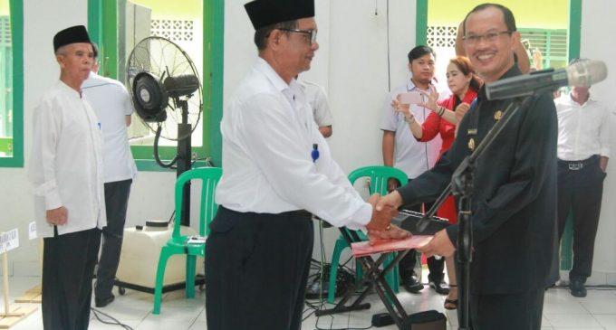 Janjikan Seragam Baru RT,Harnojoyo Juga Umrohkan Satu Ketua RT