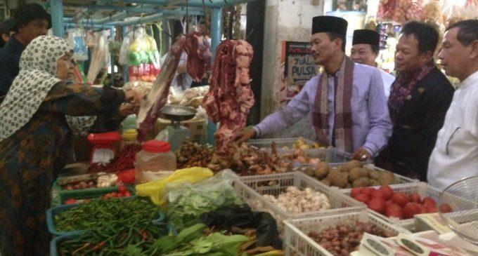 """Cek Harga Sembako, Harnojoyo Lebih """"Enjoy"""" Belanja di Pasar Tradisional"""