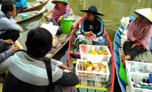 Menghidupkan Kembali Geliat Pasar Apung Sungai Sekanak