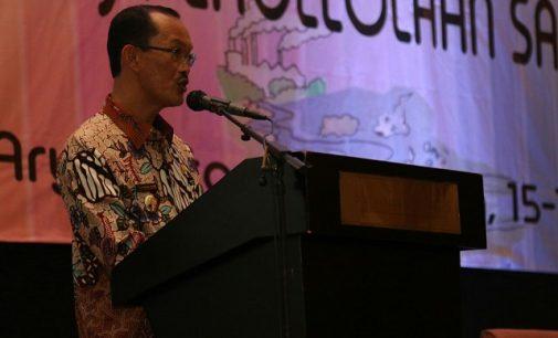 Sampah Plastik Persoalan Serius di Indonesia