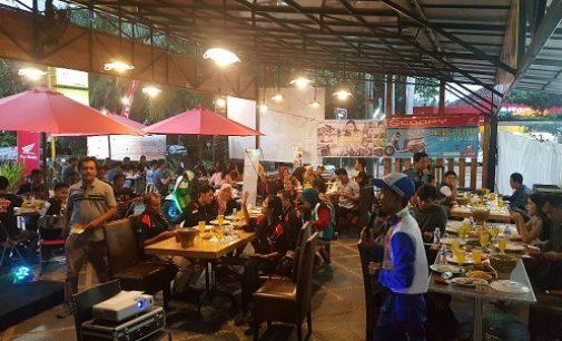 Ngabuburit Ala Komunitas All New Scoopy Palembang