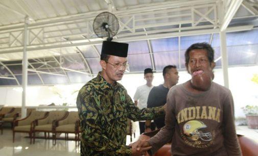 Wako Bantu Pengobatan Pak Latif