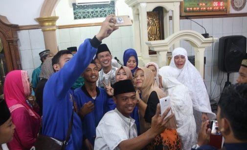 selfie Bareng Harnojoyo Per Hari ada 100 Orang