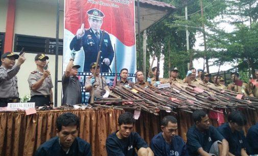 OPS Sapu Jagad Musi Polres Muara Enim Kumpulkan 371 Pucuk Senpira