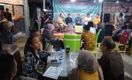 Diskusi Berjalan Hangat, Audiens Sayangkan KPU Dan Bawaslu Sumsel Tak Hadir