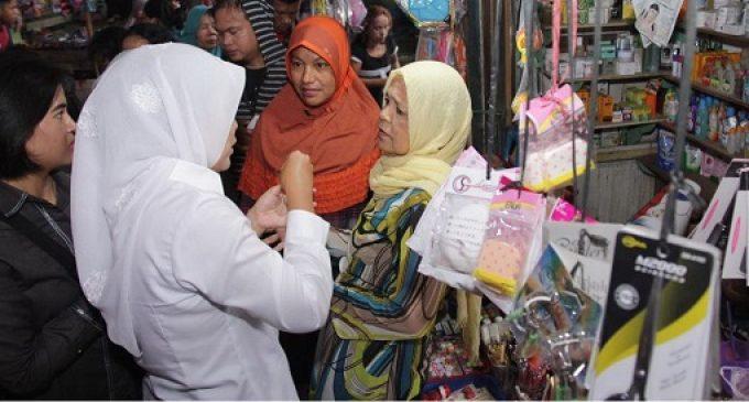 Fitri Serap Aspirasi Pedagang Pasar 7 Ulu