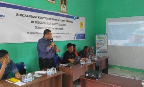 PLN Lakukan Sosialisasi Penyambungan Listrik Baru di Desa Jatisari Banyuasin II