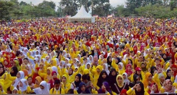 Puluhan Ribu Massa Padati Kampanye Akbar Ridho – Fikri