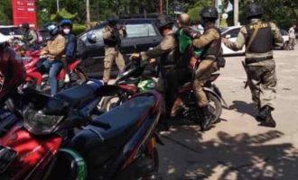 Dicurigai Teroris, Driver Ojol Ditangkap Karena Poto Brimob Patroli