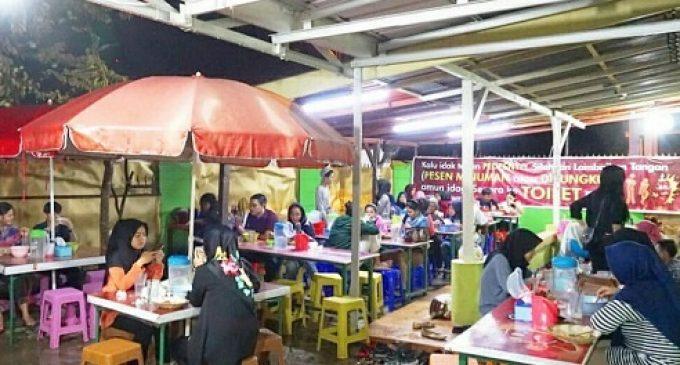Makanan Seblak Kian Diminati di Kota Pempek
