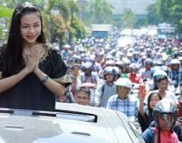 PJ Wako Dan Masyarakat Prabumulih Sambut Kedatangan Rara Artis LIDA Indonesia