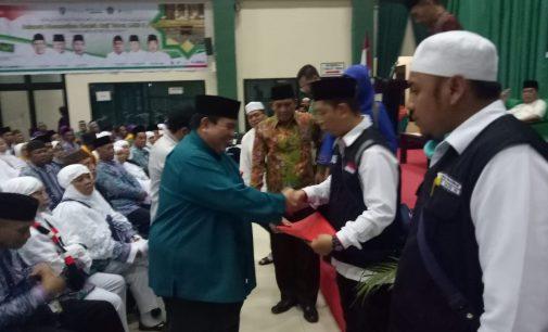 Kloter 7 Embarkasi Palembang Dilepas Staf Ahli Gubernur Babel