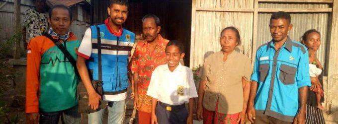 PLN Beri Bantuan Yohanis Beasiswa Hingga S1