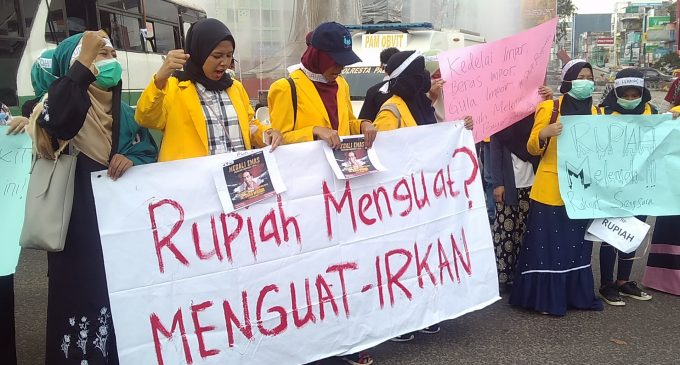 Rupiah Tak Berdaya, Mahasiswa Unsri Layangkan Surat Protes