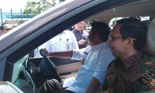 Herman Deru Serahkan 84 Mobil Operasional Kepada Bawaslu se Kabupaten/Kota Sumsel