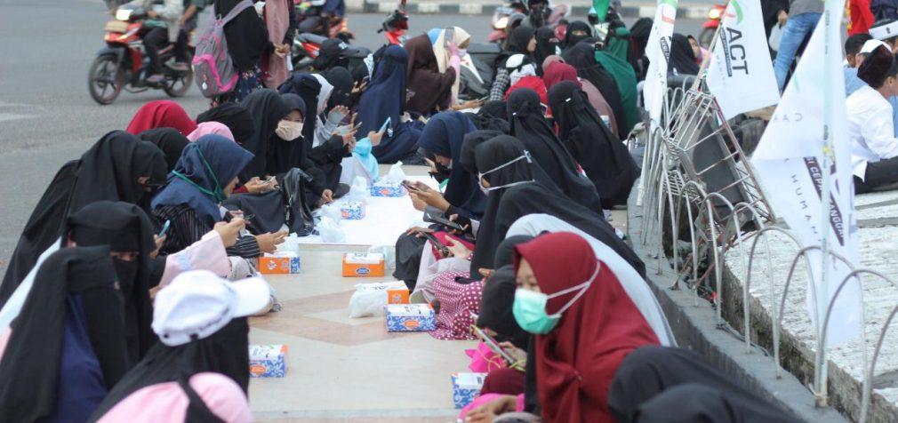ACT Sumsel Gelar Aksi Solidaritas Untuk Rakyat Palestina Bersama Puluhan Komunitas di Palembang
