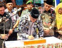 Ahmad Yani Resmikan Kantor Kecamatan Rambang Niru