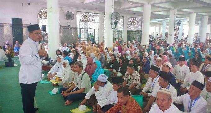 2.858 Calon Jamaah Haji Palembang Ikuti Manasik Haji Massal