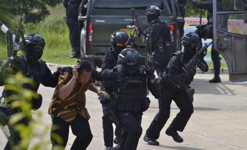 Pasuka Raider 200/BN Kodam II/SWJ Berhasil Lumpuhkan Teroris