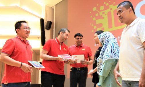 Indosat Ooredoo Digital Camp Cetak 10.000 Developer Muda Bersertifikasi Global