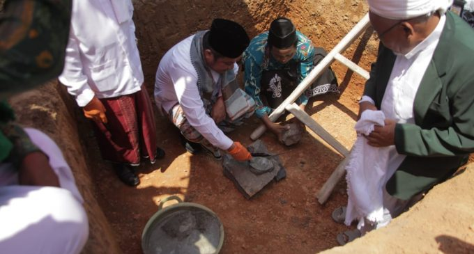 Deru Tetap Larang Bangun Masjid Minta Sumbangan di Jalanan