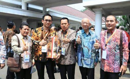 Walikota Prabumulih Hadiri Penganugerahan Paramakarya