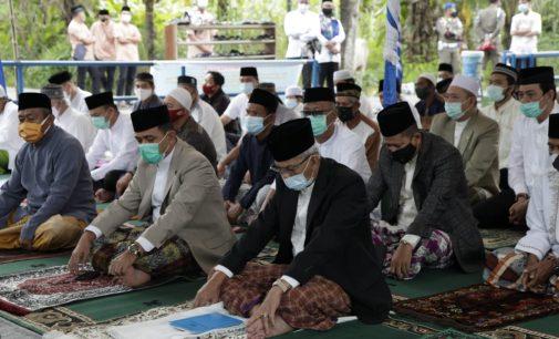 Wagub Mawardi Sumbang Tiga Sapi Kurban untuk Warga