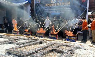 Bea Cukai Palembang Musnahkan 5,7 Juta Batang Rokok Ilegal