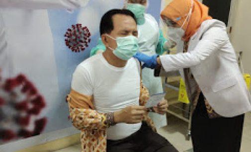 Wako Prabumulih Beserta Forkopimda Jalani Vaksinasi Covid 19