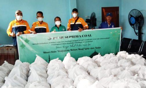 Pererat Silaturahmi, PT.MPC Gelar Baksos Bagikan 1000 Paket Sembako