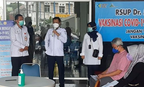 RSMH Palembang Layani Vaksinasi Covid 19 Untuk Masyarakat Umum