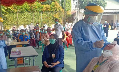 3.000 Tenaga Kesehatan RSMH Palembang di Swab